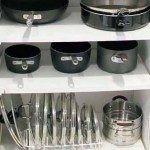 Хранение на кухне: 33 идеи для крышек и кастрюль-23 Kitchen Storage, Decorative Items, Home Kitchens, Shelving, Kitchen Remodel, Kitchen Appliances, Interior, House, Home Decor