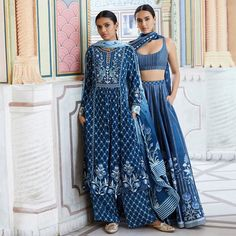 indian designer wear Check out how you can include Pantone colour of the year 2020 at Indian weddings. For more such wedding trends, visit . Indian Wedding Outfits, Indian Outfits, Indian Weddings, Indian Clothes, Anita Dongre, Indian Attire, Indian Ethnic Wear, Indian Blue, Indian Summer