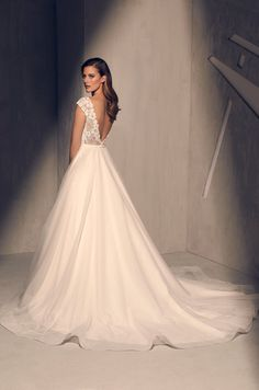 7100d8afaa3 Designer Wedding Dresses Made With Love in Canada