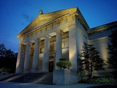 {See} Cincinnati art Museum. This museum is located in Eden Park and boasts free admission to all those who come to marvel at the impressive collection of art.