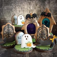 gingerbread house Halloween