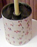 Coffee Can Plunger Holder Craft; hide the ugly plunger in this pretty holder.