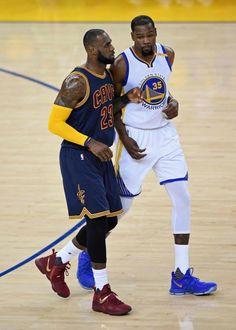 Durant, el jugador más valioso de 2017. http://www.whambamtees.com/sports-shirts/