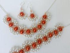 Fashion Jewelry Necklaces, Beaded Jewelry, Beaded Bracelet Patterns, Beaded Bracelets, Beading Needles, Owl Pendant, Beading Tutorials, Bead Earrings, Round Beads