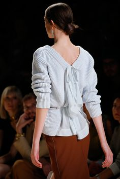 Nina Ricci Spring 2015 Ready-to-Wear - Front-row - Gallery - Look 1 - Style.com