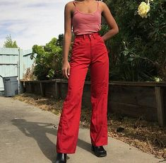 Super How To Wear Red Outfit Street Styles Ideas Look Fashion, 90s Fashion, Red Fashion Outfits, Fashion Beauty, Mein Style, Mode Streetwear, Mode Outfits, Looks Style, Mode Inspiration
