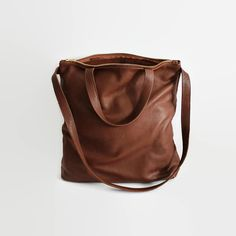 https://www.etsy.com/pt/listing/241304716/brown-leather-tote-leather-tote-bag                                                                                                                                                      More