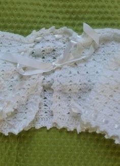 Kup mój przedmiot na #vintedpl http://www.vinted.pl/odziez-dziecieca/dla-niemowlakow-dziewczynki/13869745-biale-bolerko-haftowane-chrzest-do-sukienki
