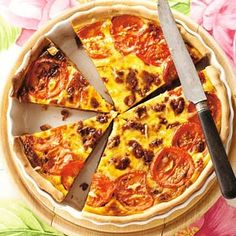 10 juni - Rundergehakt in de bonus - Recept - Quiche bolognese - Allerhande Dutch Recipes, Fish Recipes, Bolognese, Oven Dishes, Savoury Baking, High Tea, Love Food, The Best, Food Porn