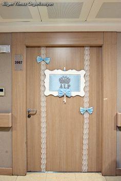 Anasayfa » Erkek Bebek Hastane Odası Kapı Süsleme