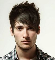 The top short hairstyles for men for the year 2018 are eye-catching and somewhat sophisticated. Forget about the one-length and monotone haircuts that guys liked to rock a couple of years ago. Today the short mens hairstyles have become particularly. Medium Hair Cuts, Short Hair Cuts, Medium Hair Styles, Short Hair Styles, Emo Haircuts, Haircuts For Men, Emo Hairstyles, Shaved Hairstyles, Short Punk Hair
