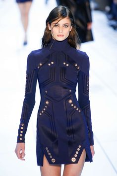 Taylor Marie Hill - Thierry Mugler Fall 2015 | PFW.