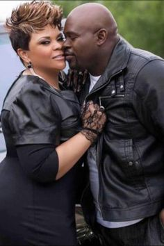 Tamela and David Mann. Cute couple.  Hot picture.  They are sexy. She is a great singer. He is a great actor. I love it.