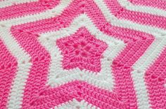 Crochet Star Blanket - I want this pattern. Never been able to read patterns, I make my own with the basic stitched that I was taught, but I would learn to be able to do this pattern :)