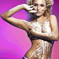 BLOWBITCH: FRAUEN LECKEN! - Dieses erotische Hypnose-Hörbuch wird dir ein Triggerwort installieren. Immer wenn du dieses Wort von einer Frau hörst, wirst du den unweigerlichen Drang verspüren, diejenige oral zu befriedigen! (Für Männer und Frauen geeignet!) #Hypnose #Blowbitch #Oralsex #Pussy #Sex #Vagina