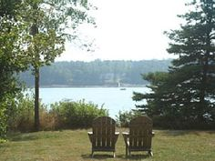 Dow Road Waterfront Cottage