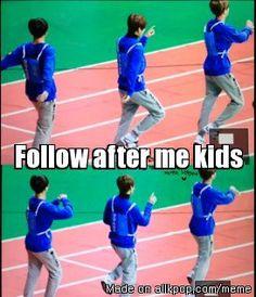 BTS~ ''Mom Jin and her children'' Bts Suga, Bts Bangtan Boy, Bts Boys, Jin Dad Jokes, Bts Facts, Meme Center, Korean Entertainment, Fake Love, Me Too Meme