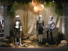 #Safari #VM #Ladydutch #FASHION Dutch, Safari, Window, Lady, Fashion, Dutch Language, La Mode, Fashion Illustrations, Fashion Models