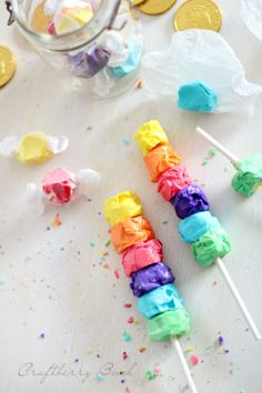 Craftberry Bush: Salt water taffy rainbow kabob