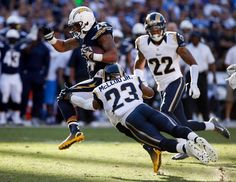 Ryan Mathews sneaks past the ENTIRE Rams defense for a 32-yard TD  (11-23-14)