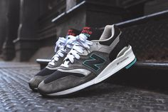 Continuing their Connoisseur collection, New Balance takes the 997 and 998 back to the '50s with the launch of the 'Rockabilly' Pack. In New Balance's interpretation of the retro rock and roll sub-genre, NB has …