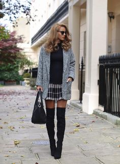 Light Grey Boyfriend Coat - Glamorous ( Here )   Ripped Turtle Neck - Missguided ( Here )   Tartan Mini Skirt / Similar ( Her...