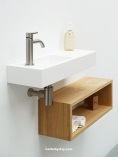 defined by linear straight # Basic handrinse basin; defined by linear straight The post Basic handrinse basin; defined by linear straight # appeared first on Badezimmer ideen. Shelves, Small Sink, Bathroom Furniture, Modern Master Bathroom, Small Toilet Room, Small Showers, Small Toilet, Bathroom Interior, Toilet Design