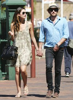 lily-aldridge-caleb-followill-street-style-dress-flat-casual