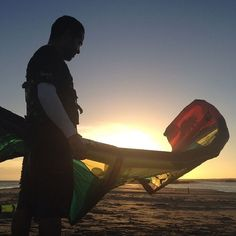 Instagram media by venturikite - #venturikites #kiteschool #elyaque #iko #kitesurf #kite #crazyfly #bestkiteboarding