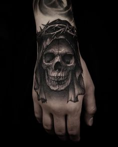 Skull Tattoo: Know their meanings and variations! - A skull tattoo is not for ev. - Skull Tattoo: Know their meanings and variations! – A skull tattoo is not for everyone. It is dif - Evil Skull Tattoo, Evil Tattoos, Skull Hand Tattoo, Skull Sleeve Tattoos, Skull Tattoo Design, Dragon Tattoo Designs, Leg Tattoos, Body Art Tattoos, Finger Tattoos