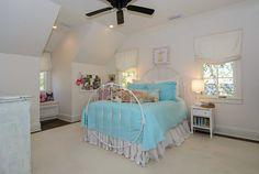 East Edgewood — Slate Barganier Building White Stucco House, Vestavia Hills, Stucco Homes, Stone Cottages, Cottage Homes, House In The Woods, Slate, House Plans, Toddler Bed