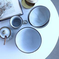 arbohouseフランスのso many years から新たな食器が登場。半磁器、焼締めとも呼ばれる、陶器と磁器の中間的な性質を持つ焼物。stone ware とも呼ばれる。 #ARBO#クラシスホーム#アクタス#スローハウス#SLOWHOUSE#somanyyears #フランス#食器#インテリア#インテリアショップ#豊田市