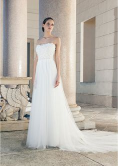 Wedding dress with tulle skirt and nice top from Giuseppe Papini