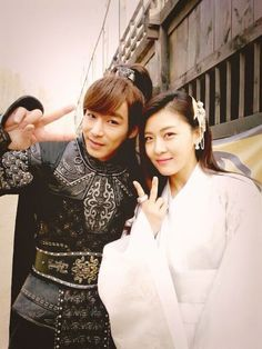 Ha Ji Won and Jin Yi Han Are Friendly off the Drama Set of Empress Ki - Soompi