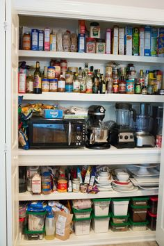 91 of My Essential Ingredients: How To Stock a Baking Pantry | browneyedbaker.com