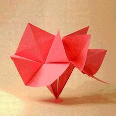 DIY Origami Blossom DIY Origami DIY Craft. Origami themed wedding would be uber cool. Just a lot of work