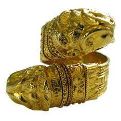Lalaounis, A Gold Crossover Ring