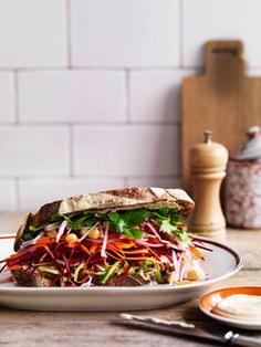 Ein Salatbrot