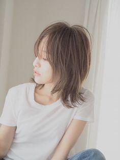 Medium Hair Styles, Short Hair Styles, Japanese Haircut, Natural Wavy Hair, Hair Arrange, Curls, Cool Hairstyles, Hair Cuts, Hair Beauty