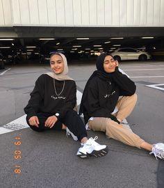 Modern Hijab Fashion, Street Hijab Fashion, Modesty Fashion, Hijab Fashion Inspiration, Muslim Fashion, Hijab Casual, Hijab Outfit, Casual Outfits, Girl Hijab