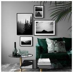 Living room with muted colors, gray wall, dark green sofa, modern living room . - wall design ideas - Living room with muted colors gray wall dark green sofa Modern living room design roo - Living Room Green, New Living Room, Living Room Sofa, Living Room Decor, Decor Room, Gray Living Room Walls, Apartment Living, Living Room Modern, Living Room Designs