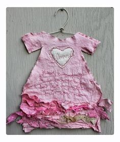 ℘ Paper Dress Prettiness ℘ Beauty Surrounds Us - poetry dress by Ruth Rae. Paper Fashion, Textiles, Little Dresses, Mini Dresses, Felt Patterns, Sewing Art, Textile Artists, Fabric Art, Altered Art