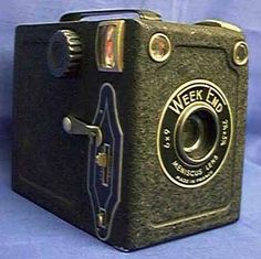 Goldy 'Week End' 1952 - 6x9 box camera with a Meniscus lens.