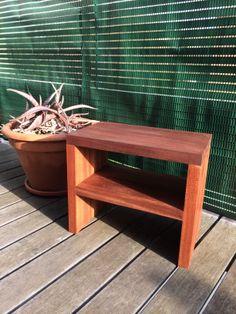 Chevet en bois exotique huilé