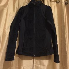 Plush Columbia OmniHeat coat Sooo warm! OmniHeat technology inside (it's like wearing a microwave!), soft and plush outside. Excellent condition. Has two internal pockets. Columbia Jackets & Coats