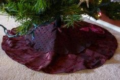 Free Sewing Patterns for Christmas Tree Skirts | AllFreeSewing.com