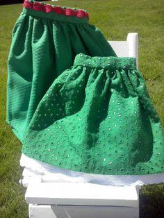 Faldas verdes. una con tira bordada en cintura y otra tela calada con doble forro y tira bordada. F003 y F004. 30€