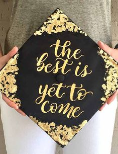 Graduation Poster Ideas Discover 20 Best Graduation Cap Decoration Ideas If your graduation day is around the corner and if youre looking for some interesting fun and stylish graduation cap decoration ideas we got you. Read on. Teacher Graduation Cap, Graduation Cap And Gown, Graduation Cap Toppers, Graduation Cap Designs, Graduation Cap Decoration, Graduation Hairstyles With Cap, College Graduation Cap Ideas, Graduation Hats, Cap Decorations