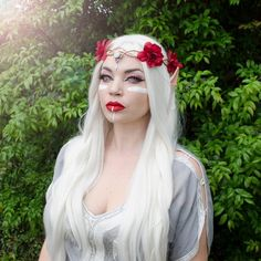 Items in each package: 1 sheet Cover size: average size Texture: straight Wig length: long Material: Swiss lace Density: Can be scalded: No Epic Halloween Costumes, Halloween Wigs, Halloween Makeup, Halloween 2019, Halloween Ideas, Halloween Party, Elven Makeup, Fantasy Makeup, Elven Princess