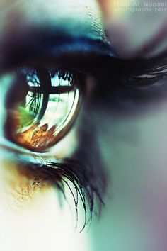 Creative Emotional, Eye, Photography, and Pictures image ideas & inspiration on Designspiration Reflection Photography, Eye Photography, Amazing Photography, Window Photography, Panoramic Photography, Eye Pictures, Cool Pictures, Cool Photos, Reflection Pictures